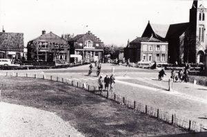 De Meernbrug, voor 1960, toen de Castellumlaan nog niet was aangelegd.