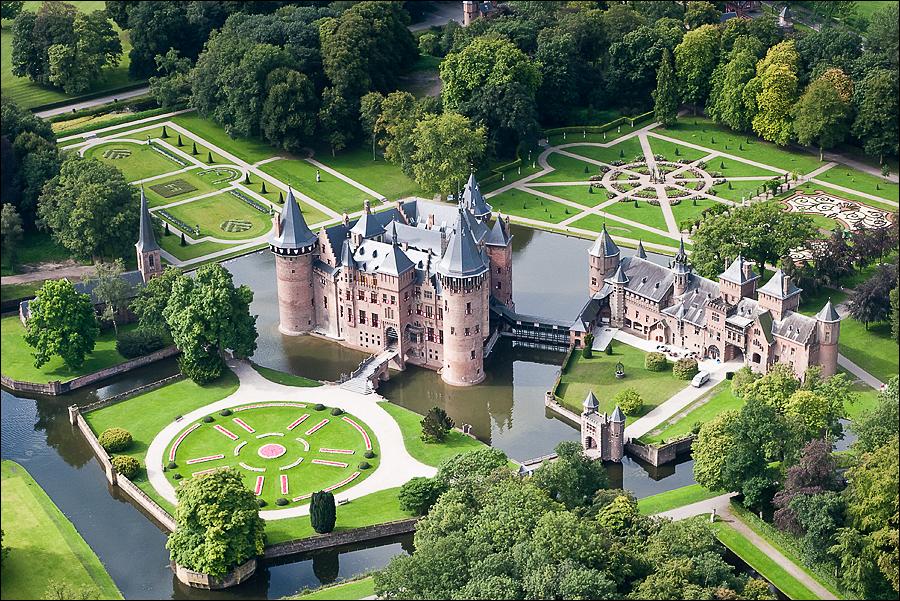 https://www.histvervdmh.nl/wp-content/uploads/2017/02/kasteel-de-haar-uitidee-2.jpg
