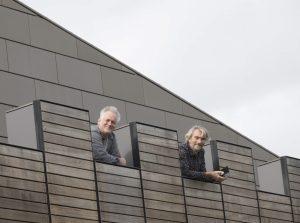 Herre Wynia en Erik Graafstal op het Castellum (© Het Utrechts Archief)